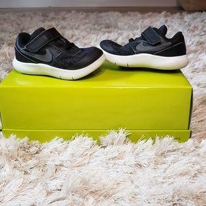 Nike Toddler Sz 7